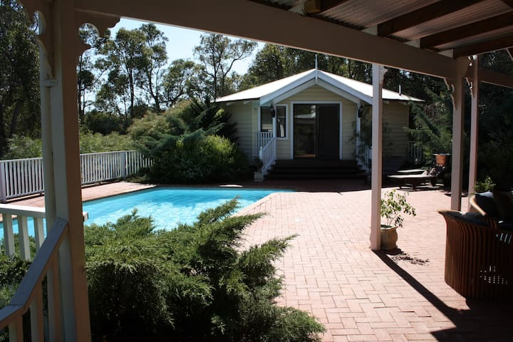 Penny Hill Park Rural Retreat - Gidgegannup - Apartment