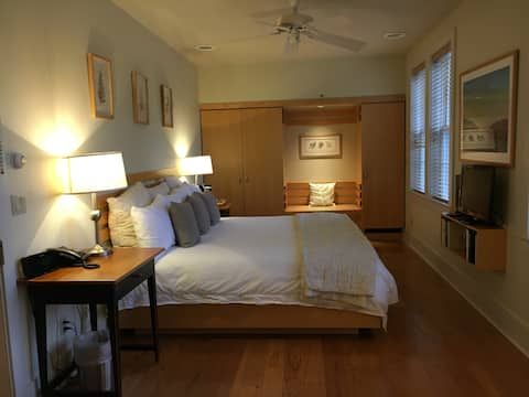 Inn at The Garrison - Room 203