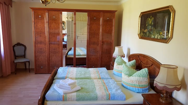 Gemütliches Zimmer mit Bad Wohnung 9