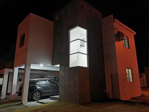 Casa completa en Residencia de playa. The Village