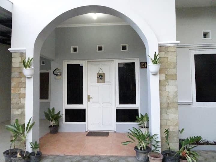Villa Adenium Homestay, Bantul