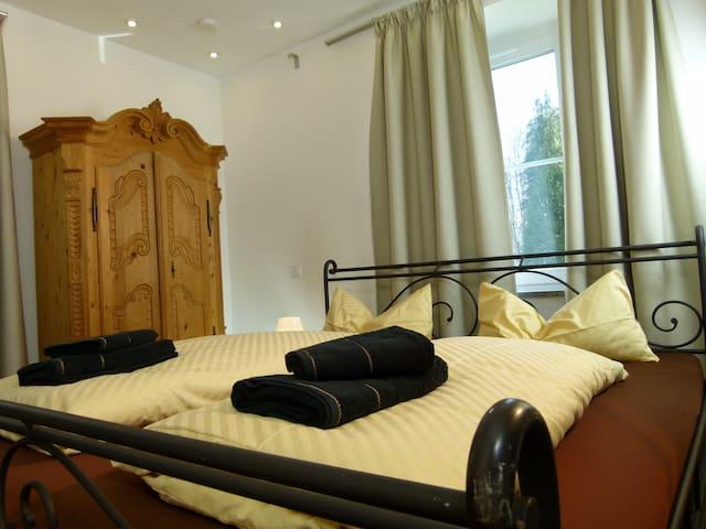 Comfort Apartment on Lake Starnberg