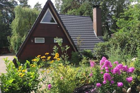 Ferienhaus im Märchenwald bei Celle - Hambühren - Talo