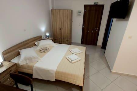 Nikko's apartments Elafonisos (3)