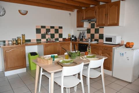 Appartement dans le centre de Velaux (13880)