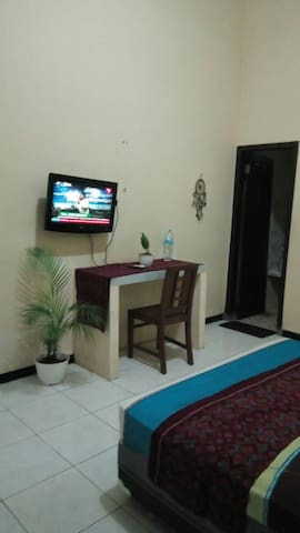 Room exclusive in center town with good price
