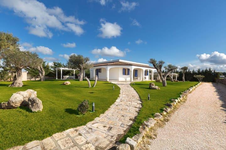 1400 Villa Ventodimare