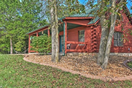 Private 1BR Defiance Cabin on 43 Acres! - Boone Township - Kisház
