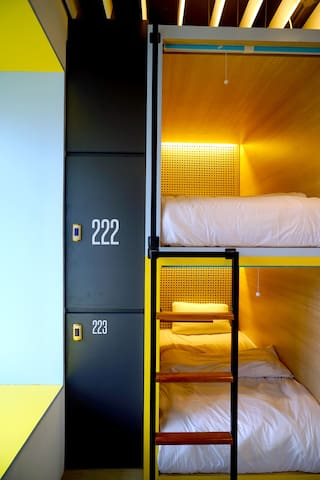 Borough Hostel Bali (Single Bed in 2 Bed Mix Dorm)