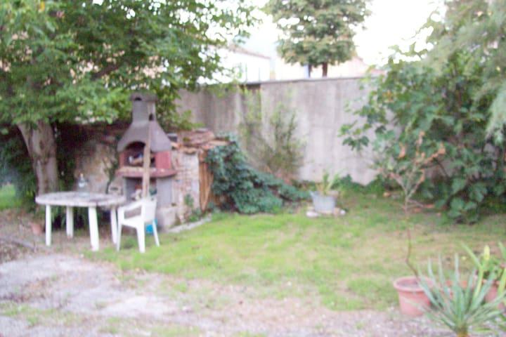 affitta camere via clementina149