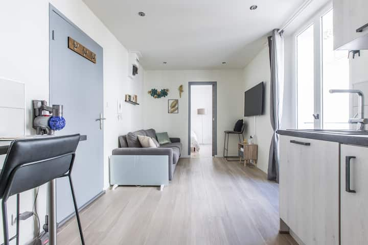 Cute affordable 1-br minutes from Cannes Center
