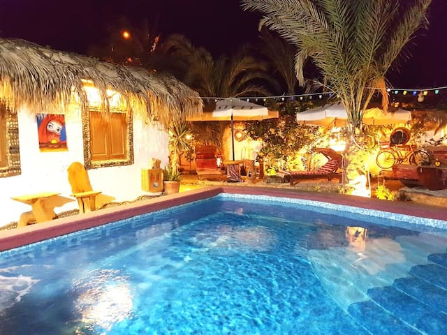 Pool-Bungalow with beduin-tent, barbecue-grill