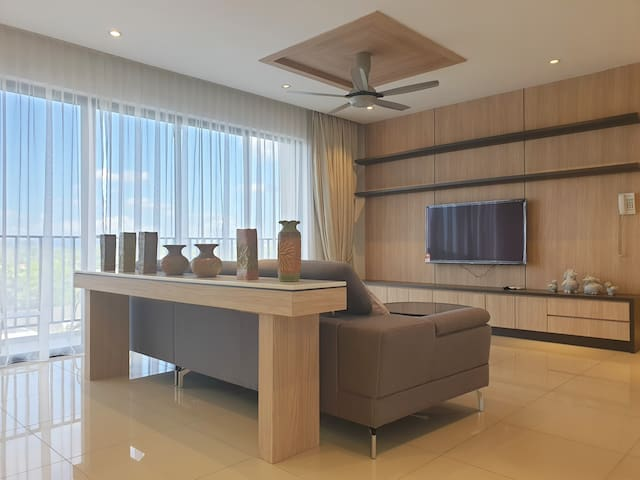 Newly Furnished Amansuri Residences Luxury Condo