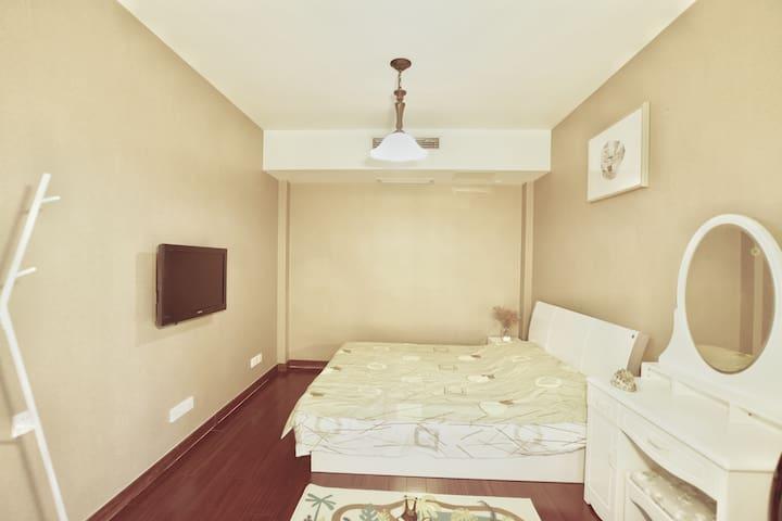 【新房】【低价】高端小区230平叠加别墅,近火车汽车站,京华城,瘦西湖 欢迎来扬州,我们的家做客
