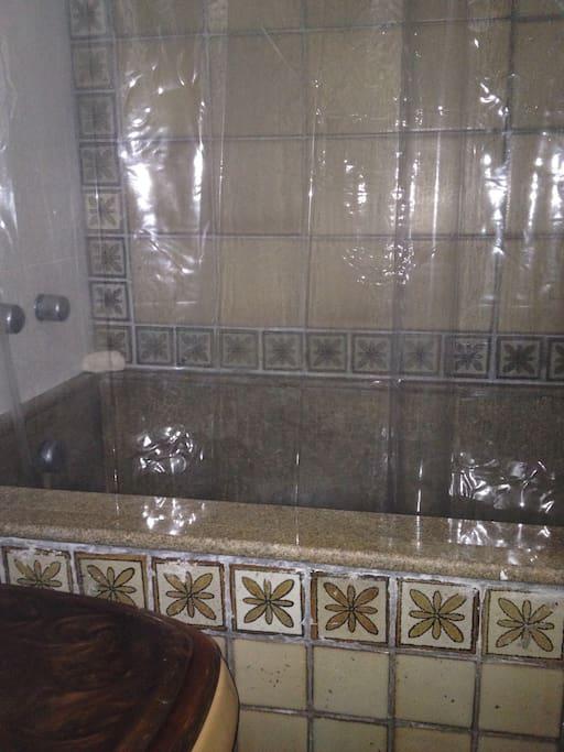 banheira e chuveiro