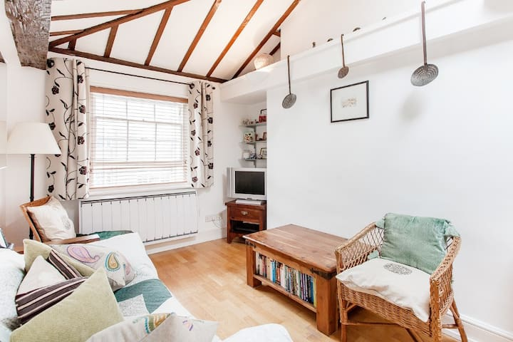 Newly refurbished fully equipped one bed flat - London - Apartment