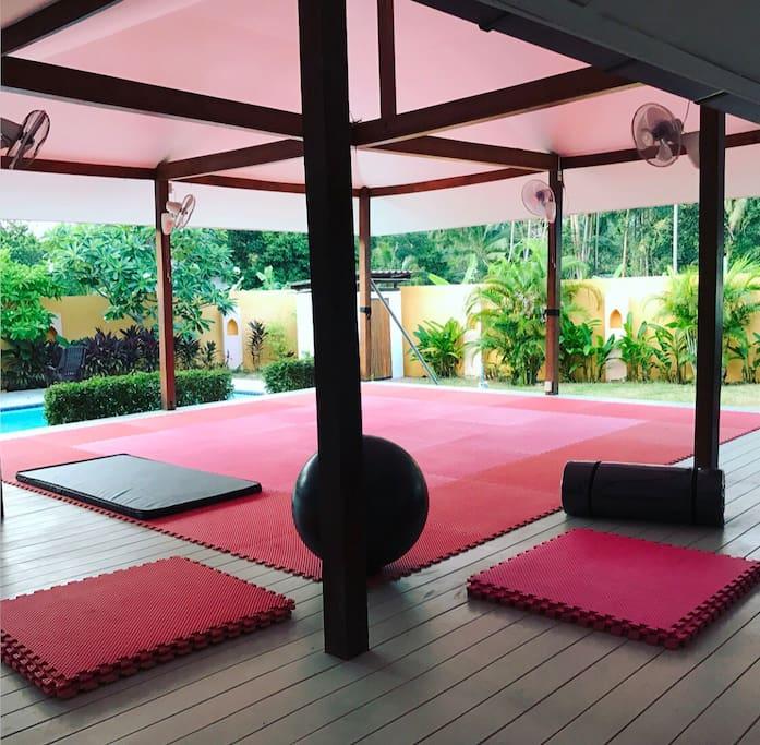 Outdoor training room