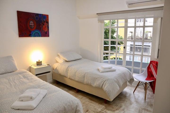 Hermoso cuarto 2 con diseño y arte en Barracas