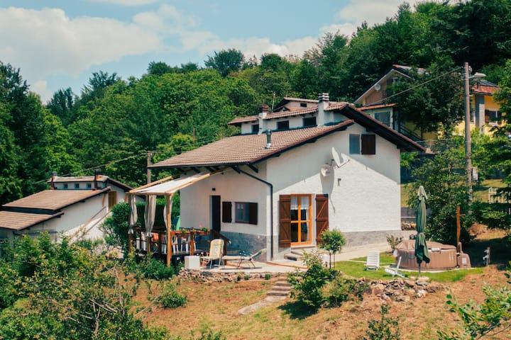 La casetta di Kamma & Niels a Montenotte