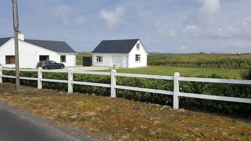 Wild Atlantic Way - Belderra Beach House