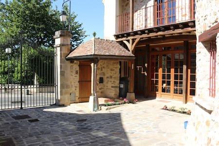 Maison de style proche Paris 250 m2 - Longpont-sur-Orge - Huis