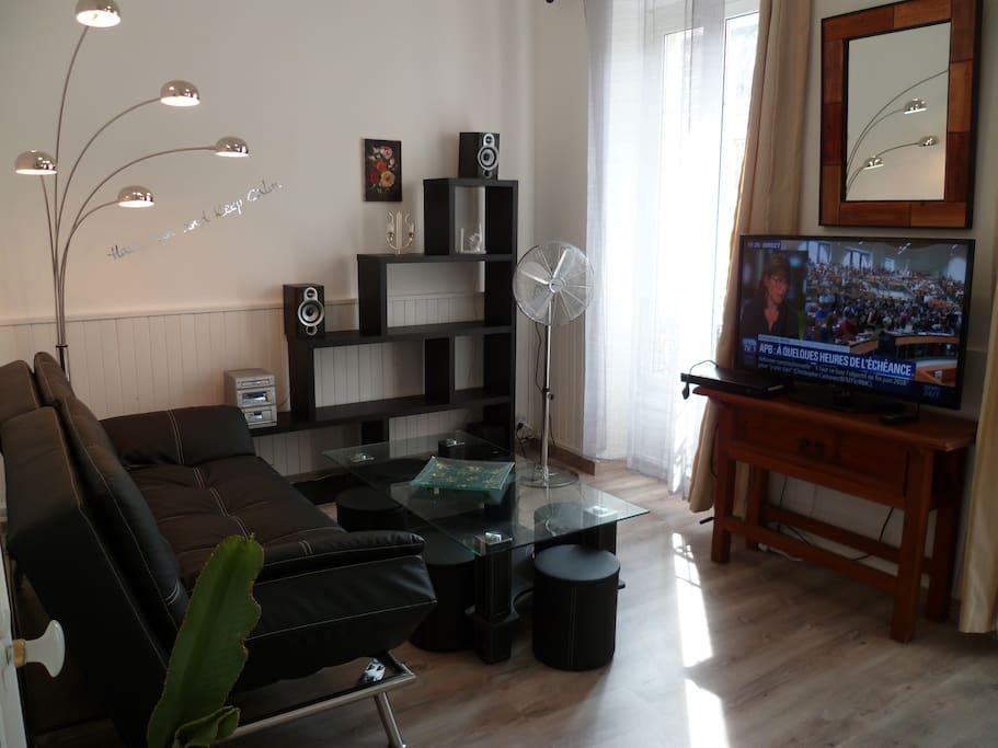 Salon/TV/Chaine hifi/
