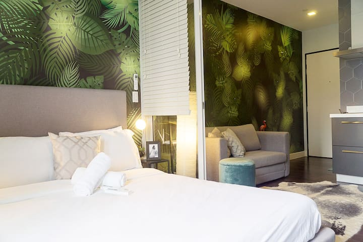 Rainforest Suite in Acqua, near Makati