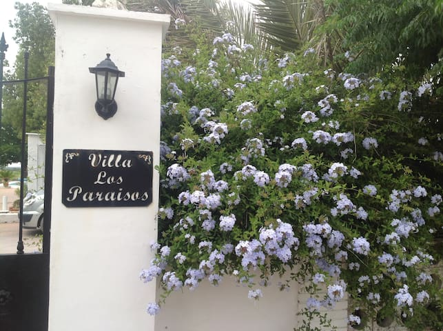 Villa Los Paraisos self catering for six people