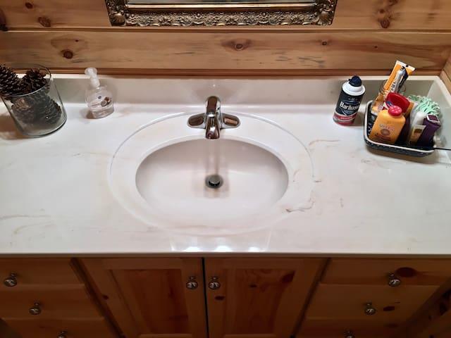 A Clean Getaway - Clarkesville - Dom