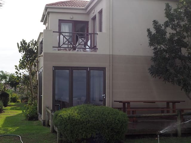 Deck and Braai area