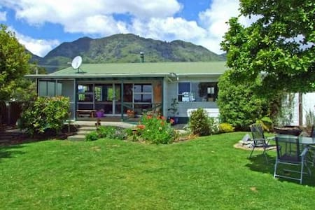 Golden Bay Retreat - The whole house - Takaka