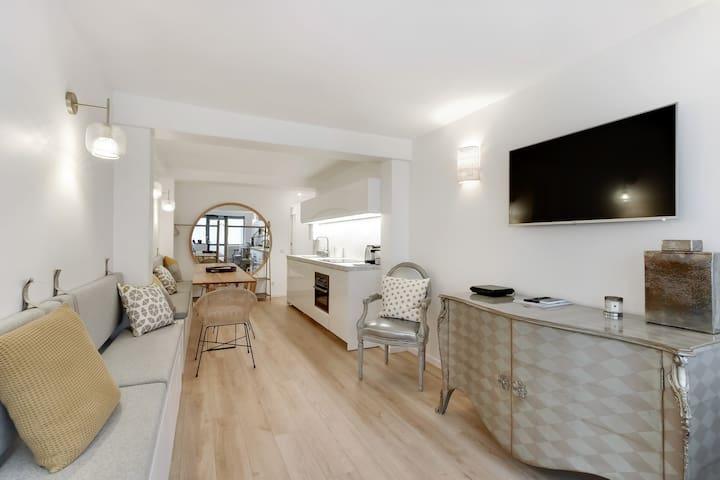 3 bedrooms Apt.  Eiffel Tower / rue Cler area