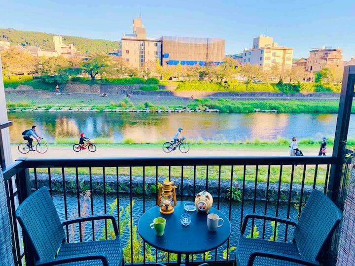Kamo Riverside Terrace Kyoto Gion 京都鴨川 祇園 桜-Flat B