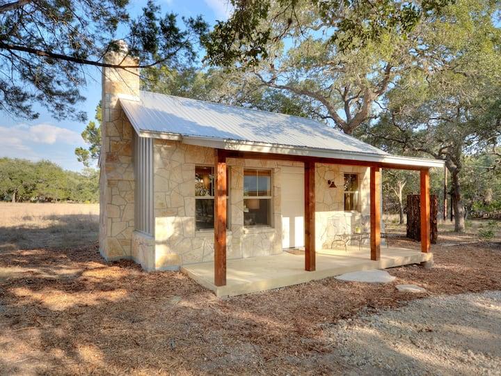 Cabins at Flite Acres- Texas Sage