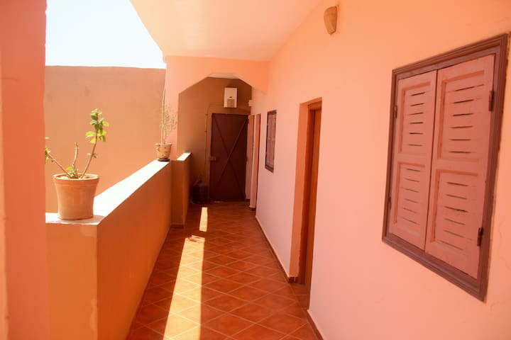 OS Hostel Taghazout Private Room 2p GER/ENG 2