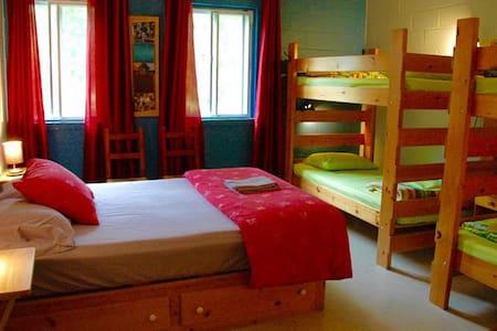 La Belle Verte chambre familiale - Dunham
