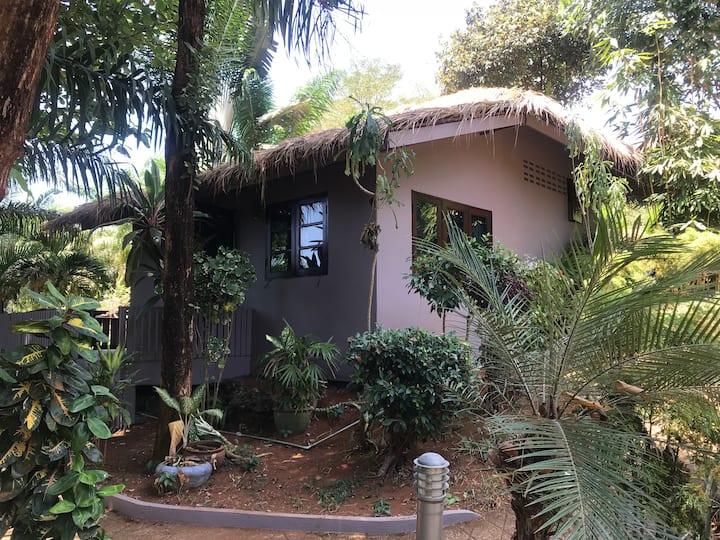 Pretty little Garden House Koh Mak