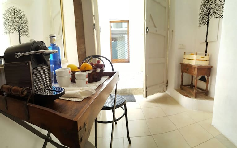 Lovely Bed & Breakfast in Old Town - Eivissa - Bed & Breakfast