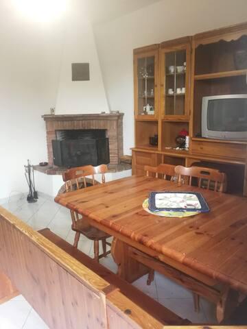 Appartamento A San Rocco A Pilli per due ospiti