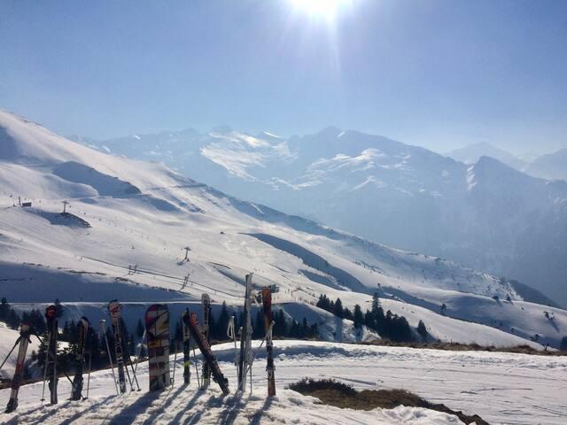 Skiing at Guzet-Neige, the nearest ski station