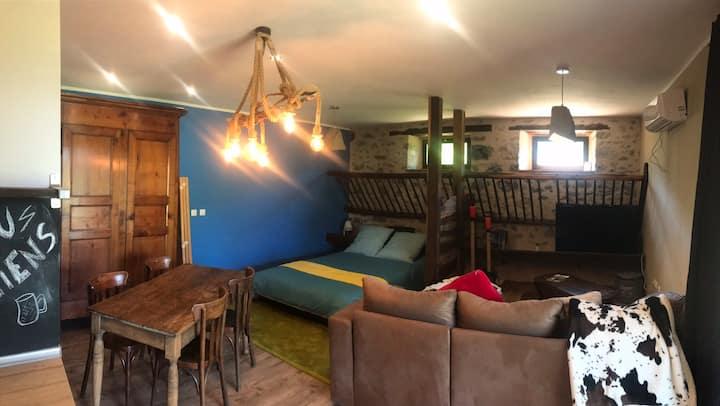 Studio cosy dans une ancienne étable