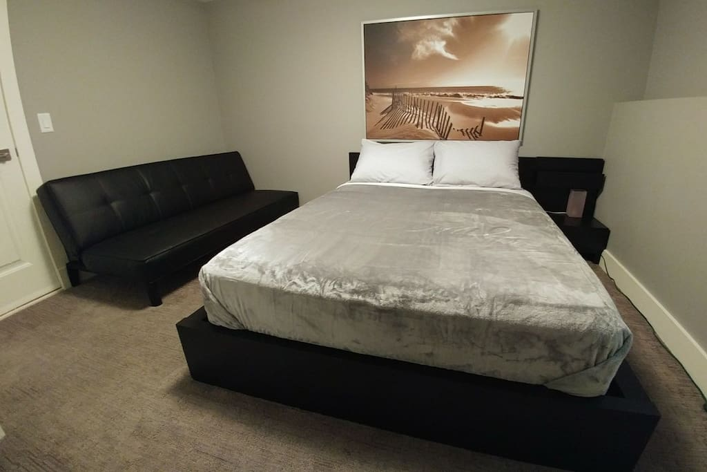 Cornerstone Dream Bedroom with Queen size Bed and Futon