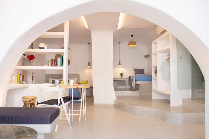 Traditional Arch House Paros