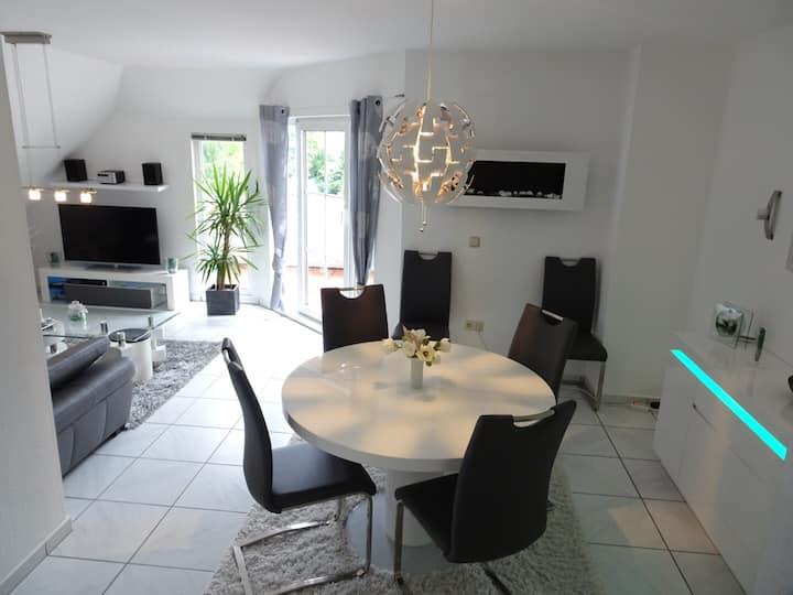 Gemütlich & Stilvoll - Apartment in Bergpark Nähe