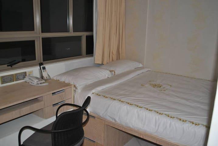 Std (Queen) Room, Jayleen Clarke Quay Hotel