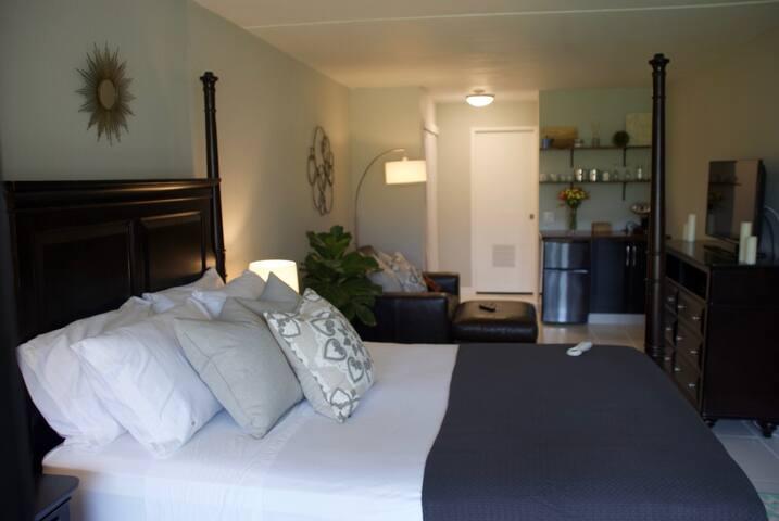 Spacious room -  white door to en-suite private bath