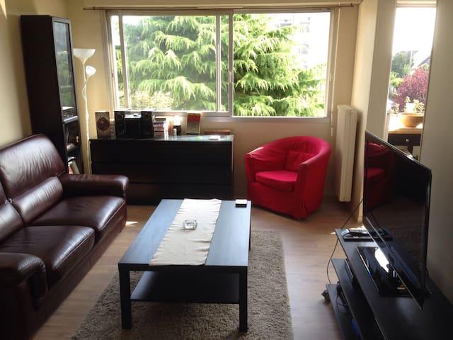 Appartement moderne bien situé