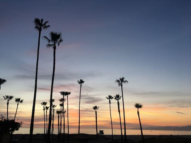 Cozy Studio Close to Beach and LAX