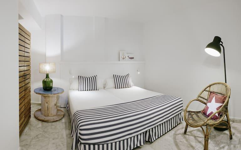 Marina Suites - Apartamento