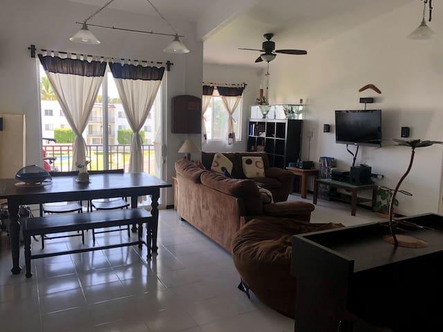 Apartamento en Yautepec con alberca y clima